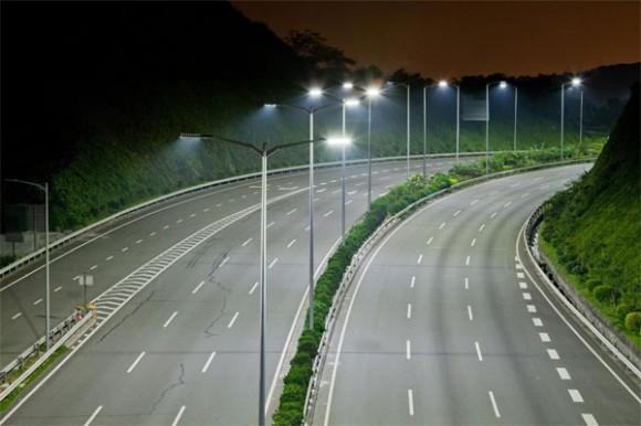 магистраль с LED освещением